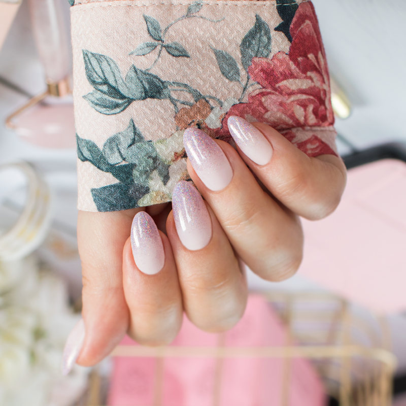 NeoNail 3D Holo Effect Manicure Neonail manicure hybrydowy